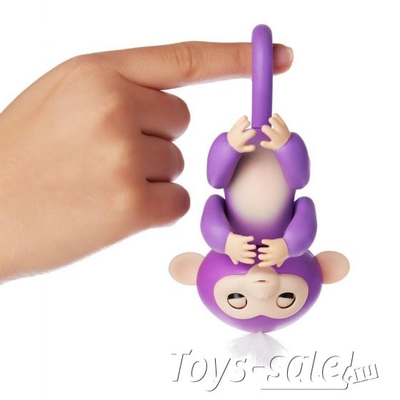 Интерактивная обезьянка Fingerlings Monkey Миа